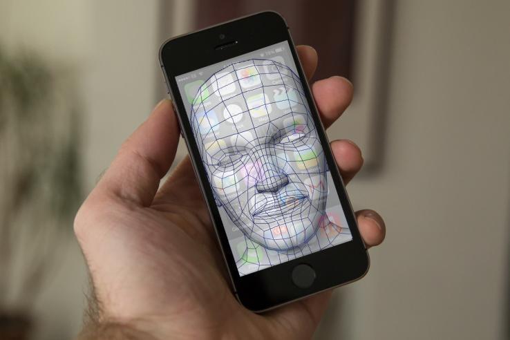 Apple face scanning