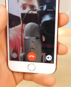 Click Live Pictures During FaceTime Calls