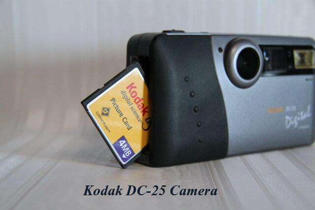 Kodak_DC25_Camera
