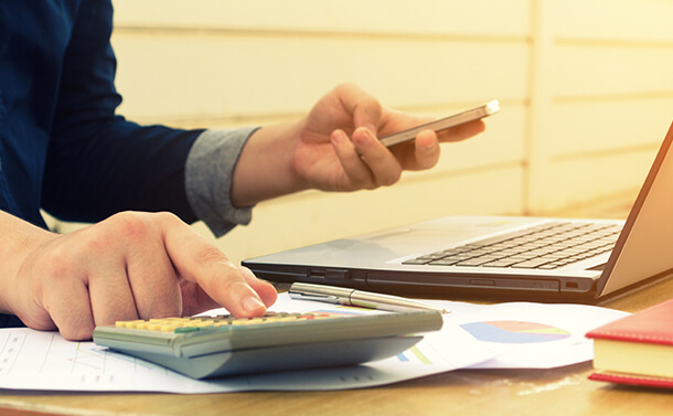 5 Useful Apps To Track Your Expenses & Keep Budget In Control