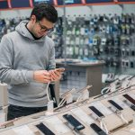 Budget Phones VS Flagship Phones: What Would You Pick?